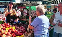 Woodley Market